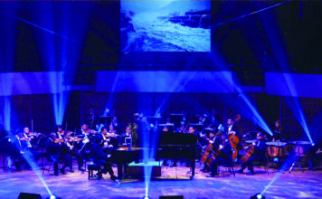 香港愛樂室樂團演奏《黃河》鋼琴協奏曲